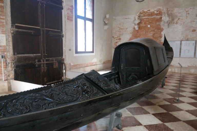 A beautiful, old gondola from the 18th century.