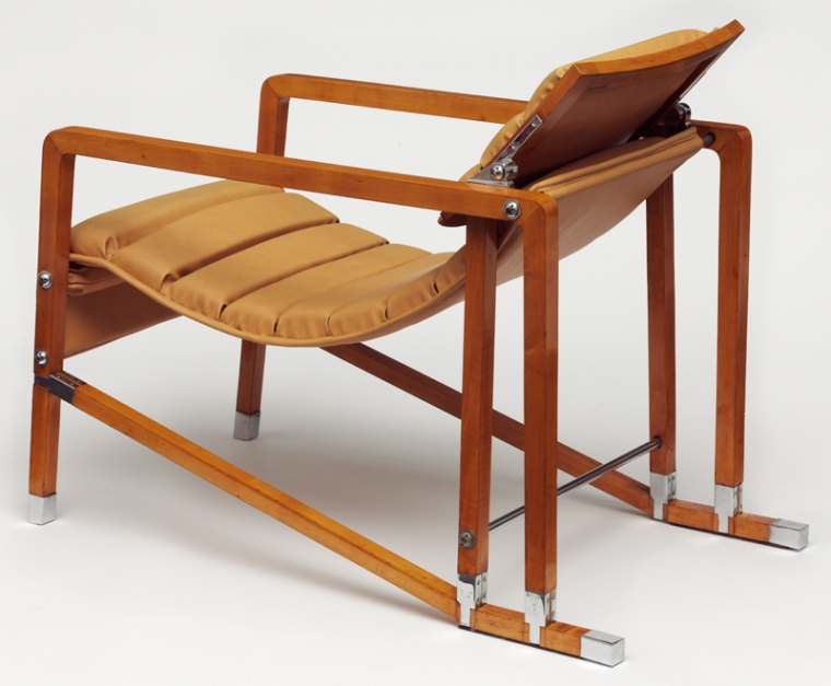 Eileen_gray_armchair_back