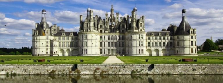 1364813677-chambord-loire-valley-castles