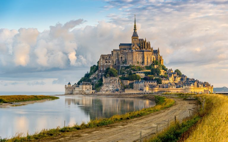 le-mont-st-michel-wallpaper