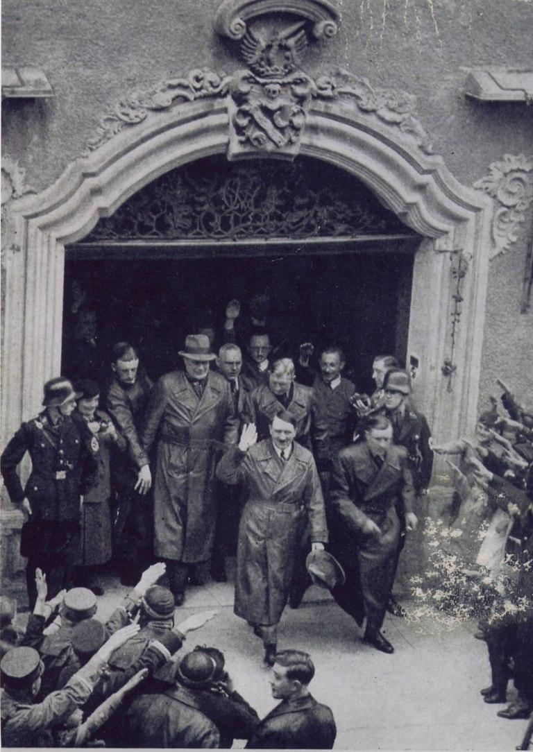 Gerum-Hitler-votrm-Eisenhut-16April1935